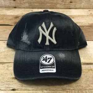 83813bafbc086 47 Accessories - New York Yankees 47 Hat Distressed Blue Denim